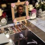 À la Madeleine, la messe mensuelle pour les fans de Johnny ne désemplit pas